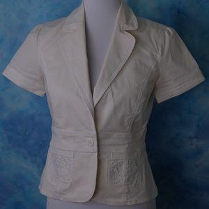 WHBM Embroidered White Short Sleeve Blazer, 4